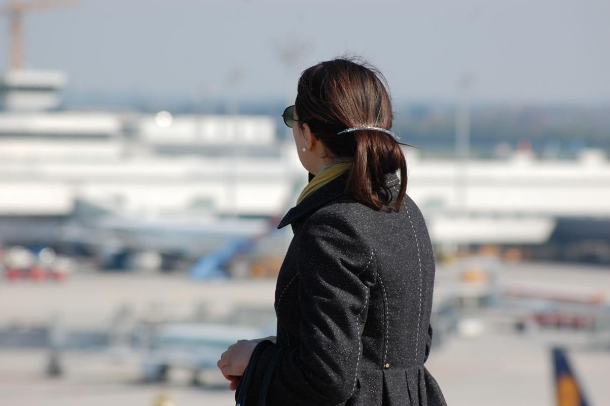 Blick hinüber zum Terminal 2