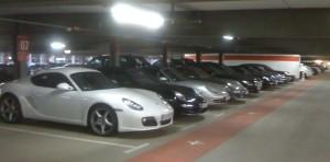 Premium Parken am Flughafen München für Luxusautos wie z.B. Porsche