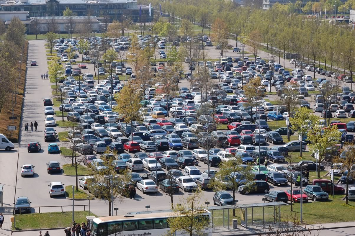Where to find cheap parking spaces at Munich Airport